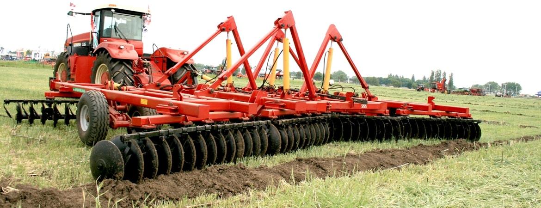 Борона БДТ-9,4 идеально подготавливает почву